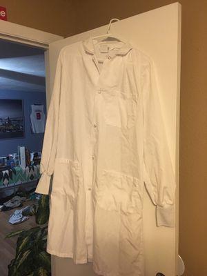 Chemistry Lab Coat (Medium) for Sale in Seminole, FL