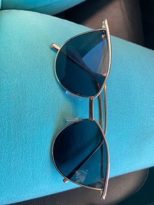 Zara sunglasses for Sale in Denver, CO