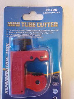 Mini Tube Cutter for Sale in Las Vegas,  NV
