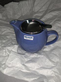Small tea pot for Sale in Fairfax,  VA
