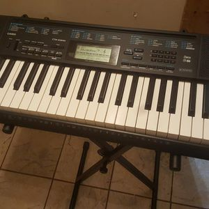 Keyboard for Sale in Independence, MO