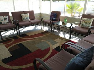 7 pieces Patio furniture and rug. for Sale in Los Angeles, CA