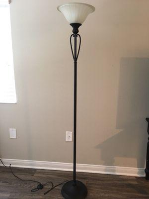 Floor standing lamp for Sale in Aliso Viejo, CA