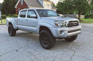 2009 Toyota Tacoma Clean 4WDWheels for Sale in Sterling Heights, MI