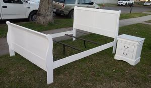 ACME White Queen Size Sleigh Bed With Nightstand for Sale in San Bernardino, CA