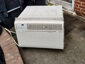 Air Conditioner 15000 BTU for wall or window - with Sleeve for Sale in Brooklyn, NY