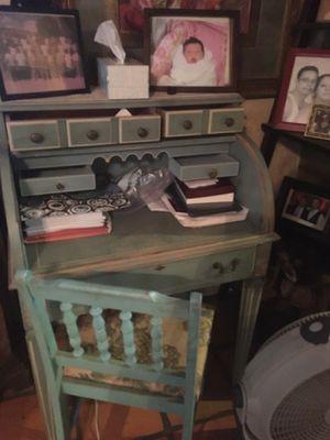 Teal antique desk for Sale in Phoenix, AZ