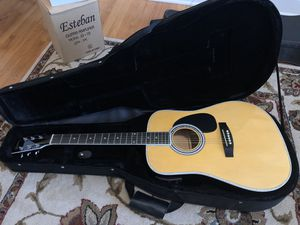 American Legacy Acoustic/Electric Guitar Excellent Like New Condition Accessories Still in Packaging for Sale in Murfreesboro, TN