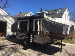 2017 Forest River Rockwood Freedom 1980 Pop Up Camper for Sale in Cleveland, OH