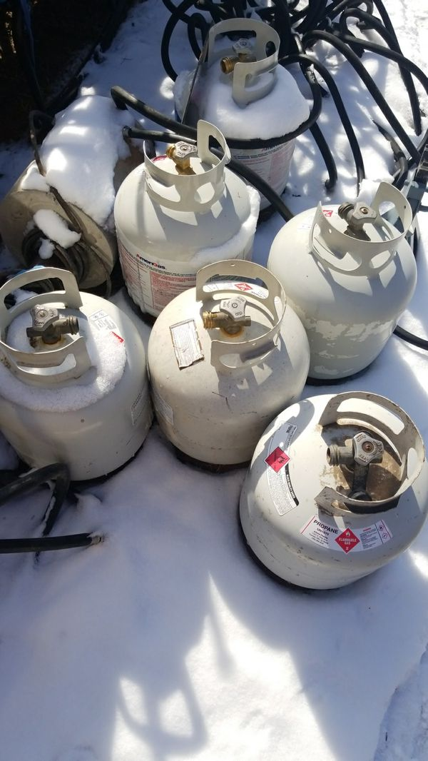 Empty propane tanks only$20