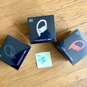 ONE LEFT Powerbeats Pro Totally Wireless Earphones for Sale in Daly City, CA