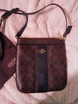 Coach Signature Coated Canvas Crossbody purse for Sale in Federal Way, WA