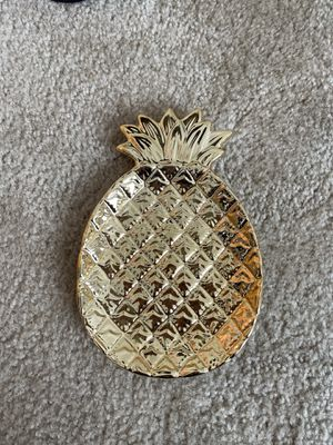 Pineapple plate / home decor for Sale in Irvine, CA