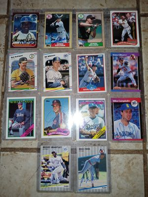 14) 1980s Player Autographed Baseball Cards for Sale in Cedar Hill, TX