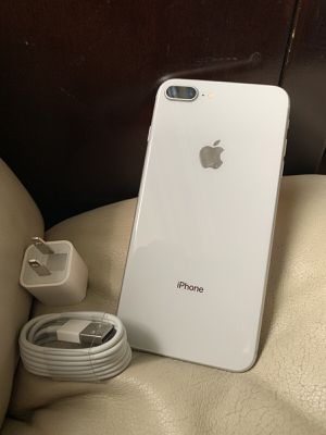 iPhone 7 Plus just like NEW with EXCELLENT CONDITION ( FACTORY UNLOCKED) for Sale in Springfield, VA