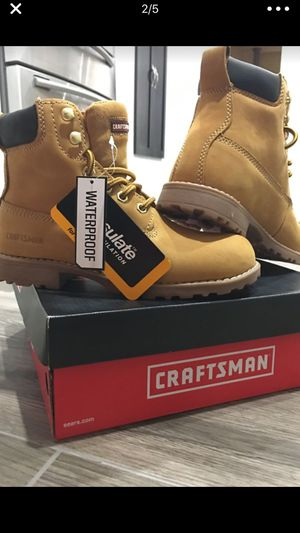 JUNIORS- BOYS 👦🏻 CRAFTSMAN BOOTS 🥾 - SIZE 4 - for Sale in Los Angeles, CA