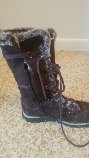 Brown Fur Lined Sketchers Snow Boots. Size 7.5 for Sale in Price, UT