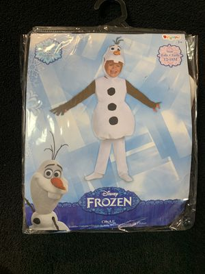 Olaf costume for Sale in Hialeah, FL
