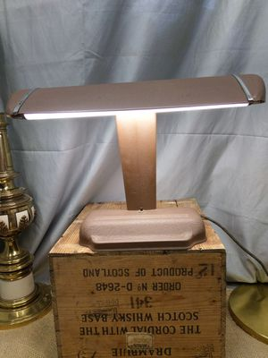 Metal desk Lamp - Vintage for Sale in Proctor, MN