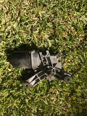 2003 Chevy S10 Windshield Wipe Motor (used) for Sale in Covina, CA