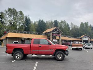2000 Dodge 1500 Quadcab 4x4. Mechanic's Dream for Sale in Welches, OR