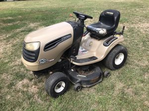 Craftsman DYS 4500 Special Edition Tractor for Sale in Cromwell, CT