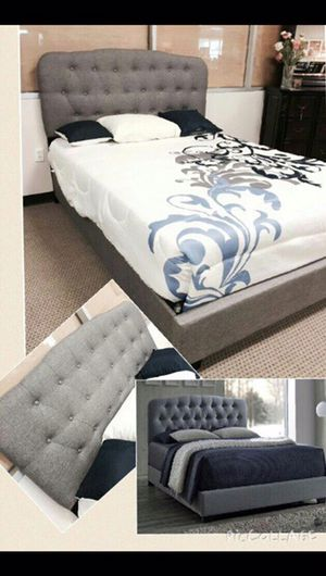 Gray tufted bed full/queen for Sale in Austin, TX