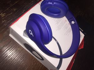 Beats 3 studio wireless noise cancelling headphones for Sale in Tampa, FL