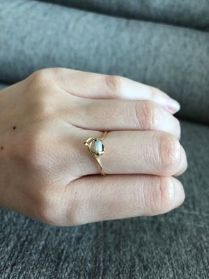 14 carats gold ring with white pearl for Sale in Miami, FL