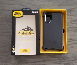 Samsung Galaxy Note 10 + Otterbox Defender series Case with belt clip holster black for Sale in Santa Clarita, CA