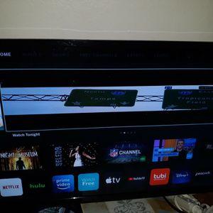 32 Inch Vizio Smartcast Tv Like New No Feet Remote 100 Firm for Sale in Dallas, TX
