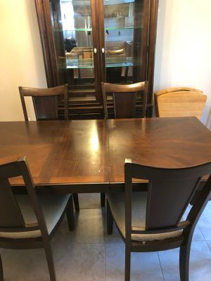 Dining Room Set China and Table for Sale in Ypsilanti, MI