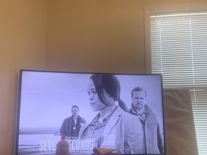 Samsung curve smart tv 60 inch for Sale in Philadelphia, PA