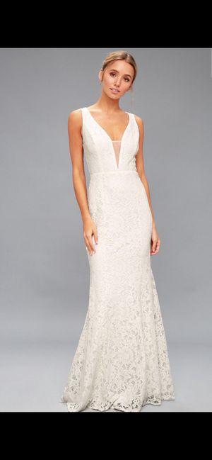 Lulus wedding dress / gown for Sale in Phoenix, AZ