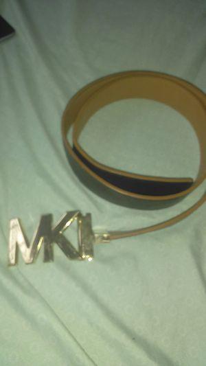 Reversible Michael Kors belt for Sale in Las Vegas, NV