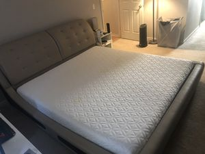 Tempura Cloud King size Mattress with bed frame for Sale in Ann Arbor, MI