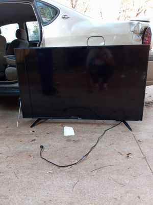 55 inch hisense Roku tv for Sale in Fort Worth, TX