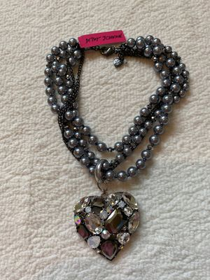 Betsey Johnson heart necklace for Sale in Newcastle, WA