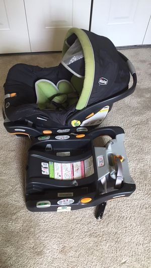 Used Chicco car seat with 2 bases and stroller for Sale in Silver Spring, MD
