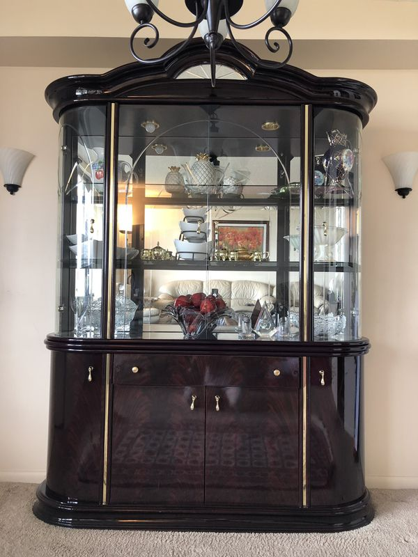 China cabinet $250 or best offer
