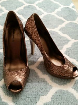 Glitter heels 7 1/2 for Sale in West Palm Beach, FL