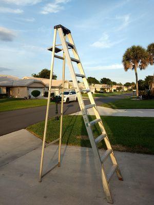 10' Aluminum ladder for Sale in Boca Raton, FL