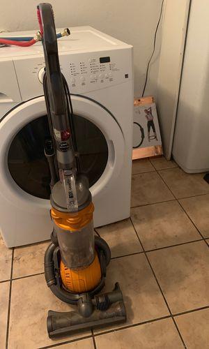 Dyson DC 25 vacuum for Sale in San Antonio, TX