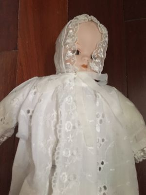 Antique Doll for Sale in Holtsville, NY