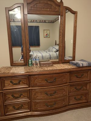 3 piece bedroom set for Sale in Downers Grove, IL