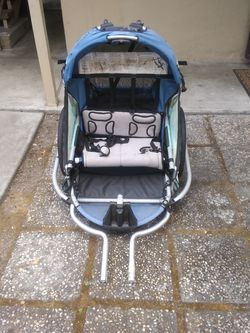 Trek superdoodlebug bike trailer. Double wide seater for Sale in Mountain View,  CA