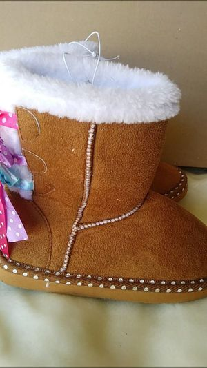 New girl boots size 3 y $35 for Sale in Mesquite, TX
