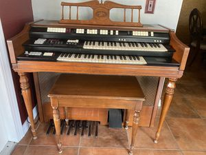 1960s Wurlitzer Model 4300 Organ for Sale in Lakeland, FL