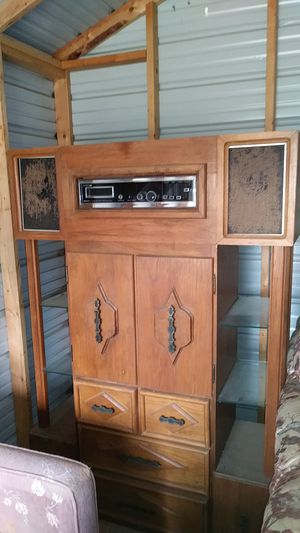 Vintage stereo cabinet for Sale in Crawford, TX