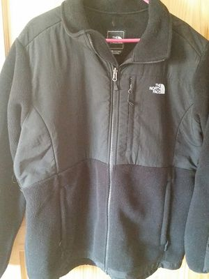 North Face jacket (ladies size XXL) for Sale in Malden, MA